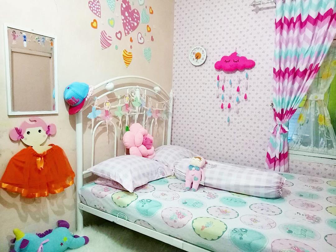 17 Desain Dan Dekorasi Kamar Tidur Perempuan Remaja Menghias Kamar Dengan Kertas Kado 1080x810 Download Hd Wallpaper Wallpapertip