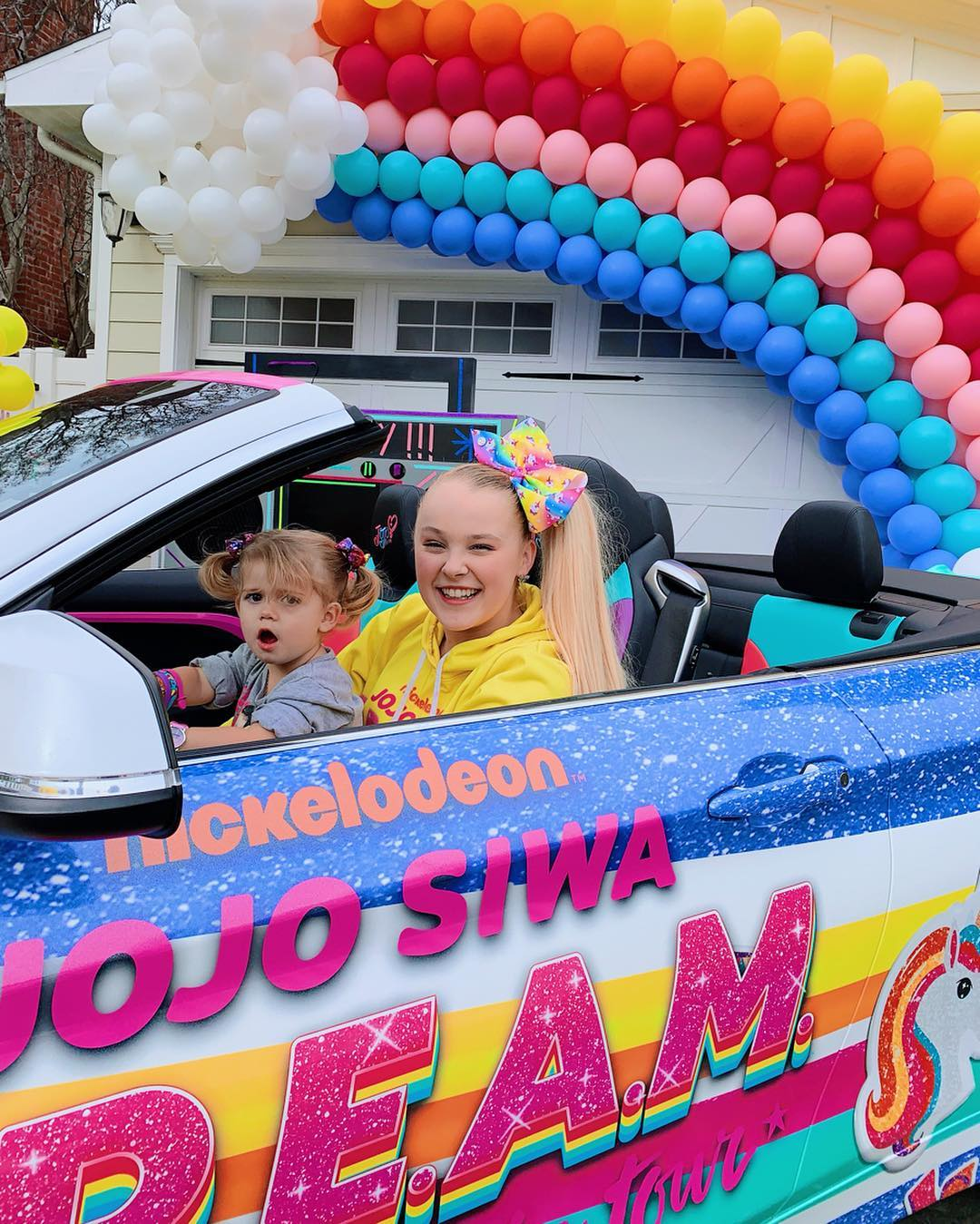 Jojo Siwa Wallpaper Jojo Siwa 1080x1349 Download Hd Wallpaper Wallpapertip