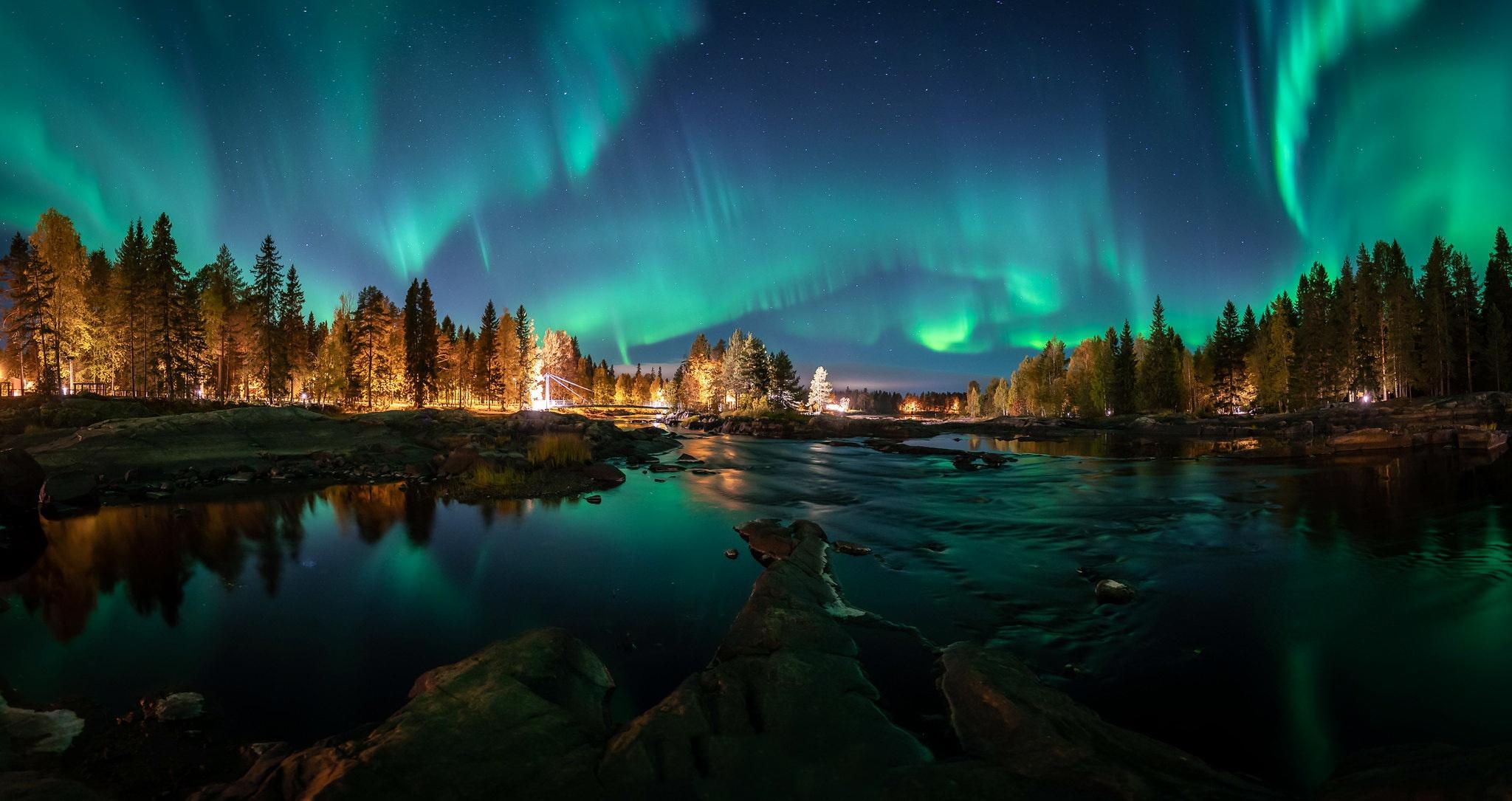 Aurora Borealis Finland Light Nature Wallpaper 2048x1085 Download Hd Wallpaper Wallpapertip