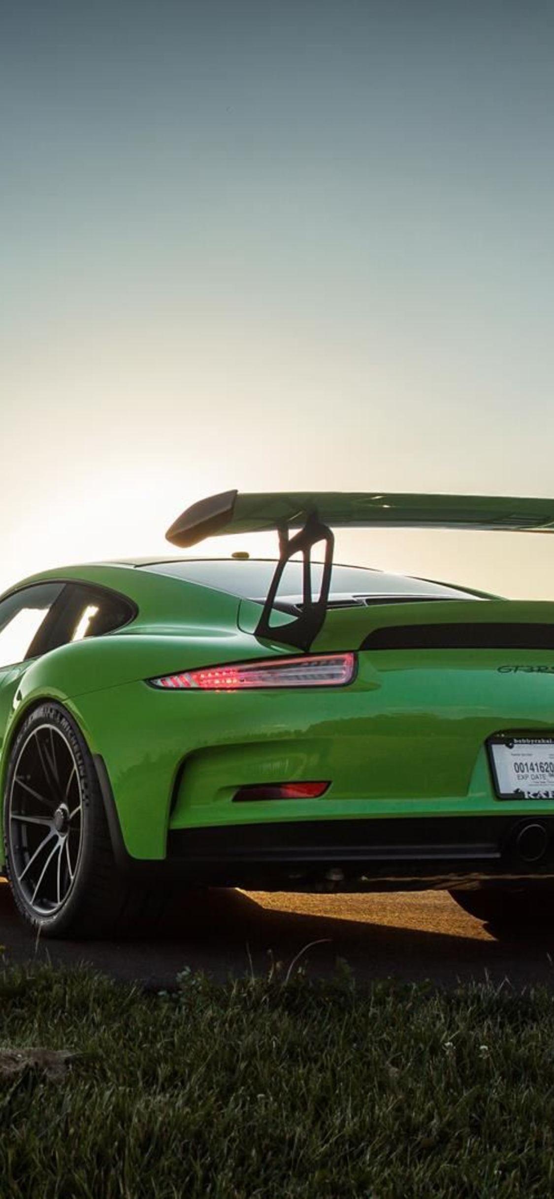 Porsche 911 Gt3 Wallpaper For Iphone 1125x2436 Download Hd Wallpaper Wallpapertip