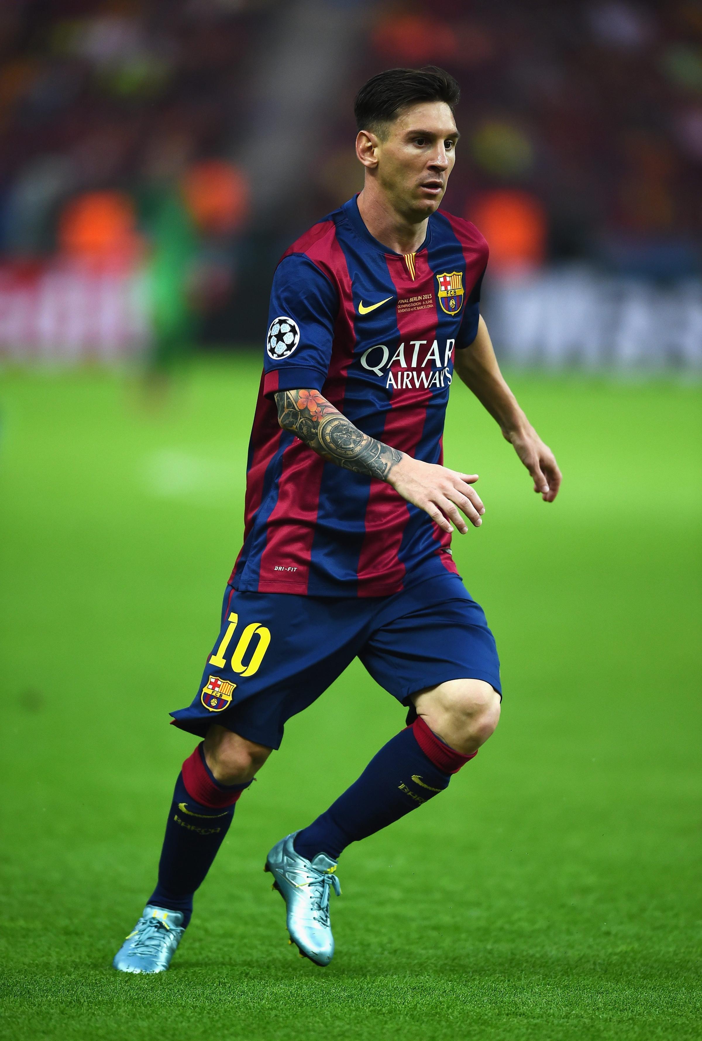 Messi Uefa Champions League 2015 2400x3559 Download Hd Wallpaper Wallpapertip