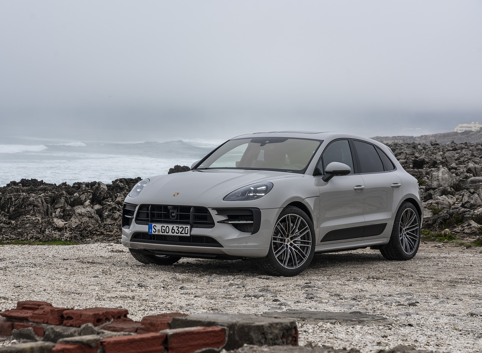 2020 Porsche Macan Gts Front Three Quarter Wallpapers Porsche Macan Gts 2020 1600x1174 Download Hd Wallpaper Wallpapertip