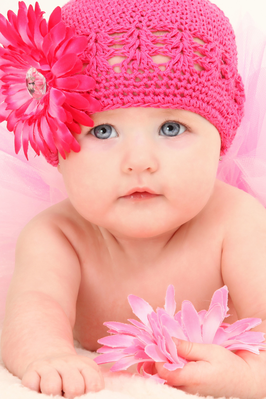 Baby Desktop Wallpapers Love Cute Baby 2000x3000 Download Hd Wallpaper Wallpapertip