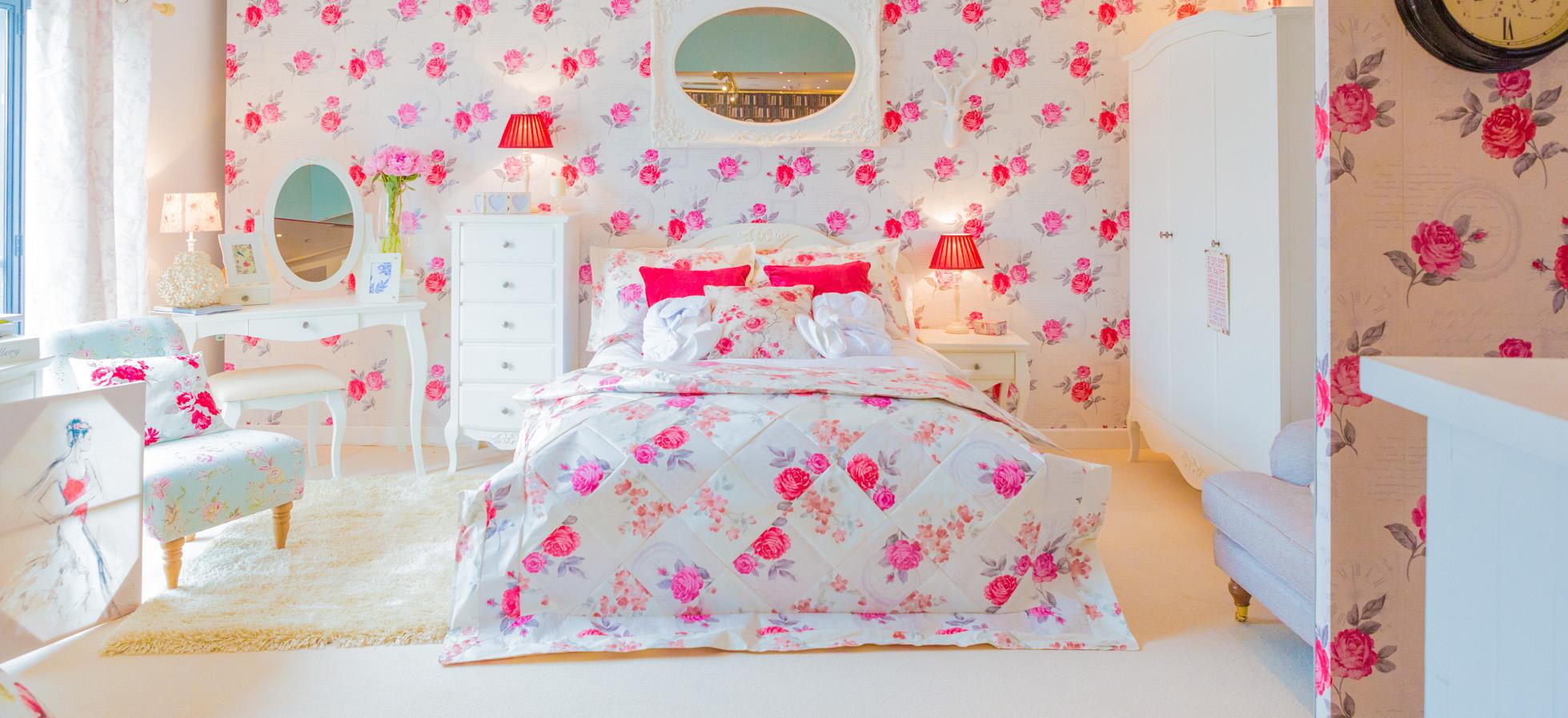 Homebase Bedroom Wallpaper - 8x8 - Download HD Wallpaper