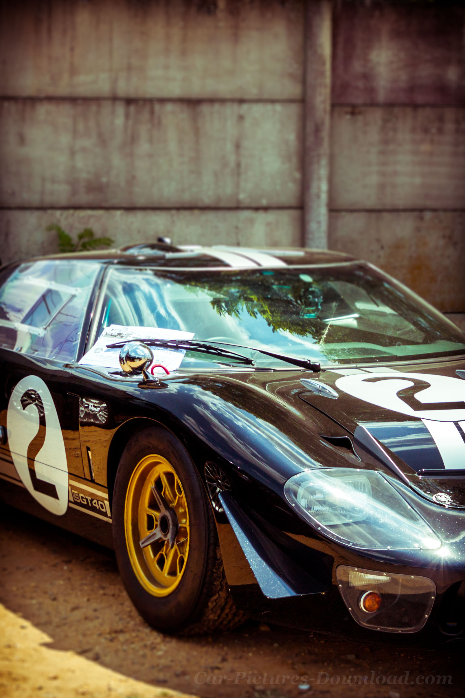 Black Old Ford Gt 40 Car Wallpaper Hd Iphone Ford Gt40 Mk2 Wallpaper Iphone 1607x2410 Download Hd Wallpaper Wallpapertip