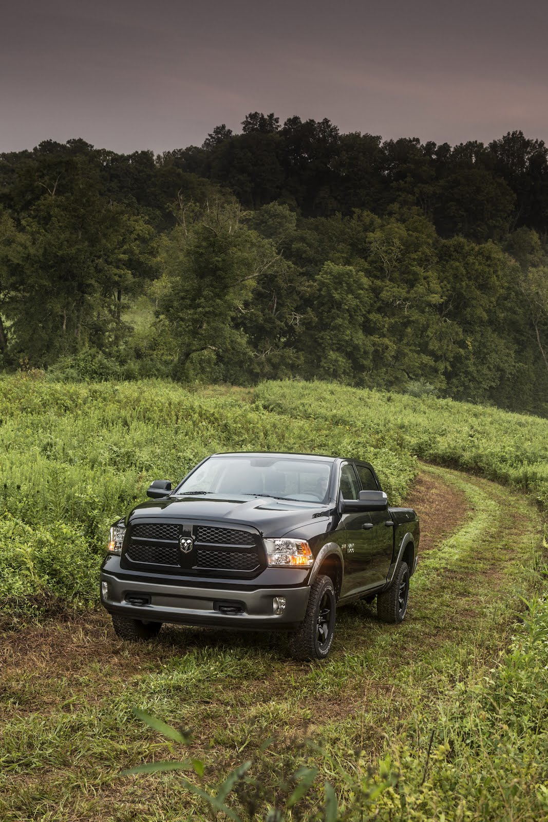 Dodge Ram 1500 Outdoorsman 2013 Wallpaper 1067x1600 Download Hd Wallpaper Wallpapertip