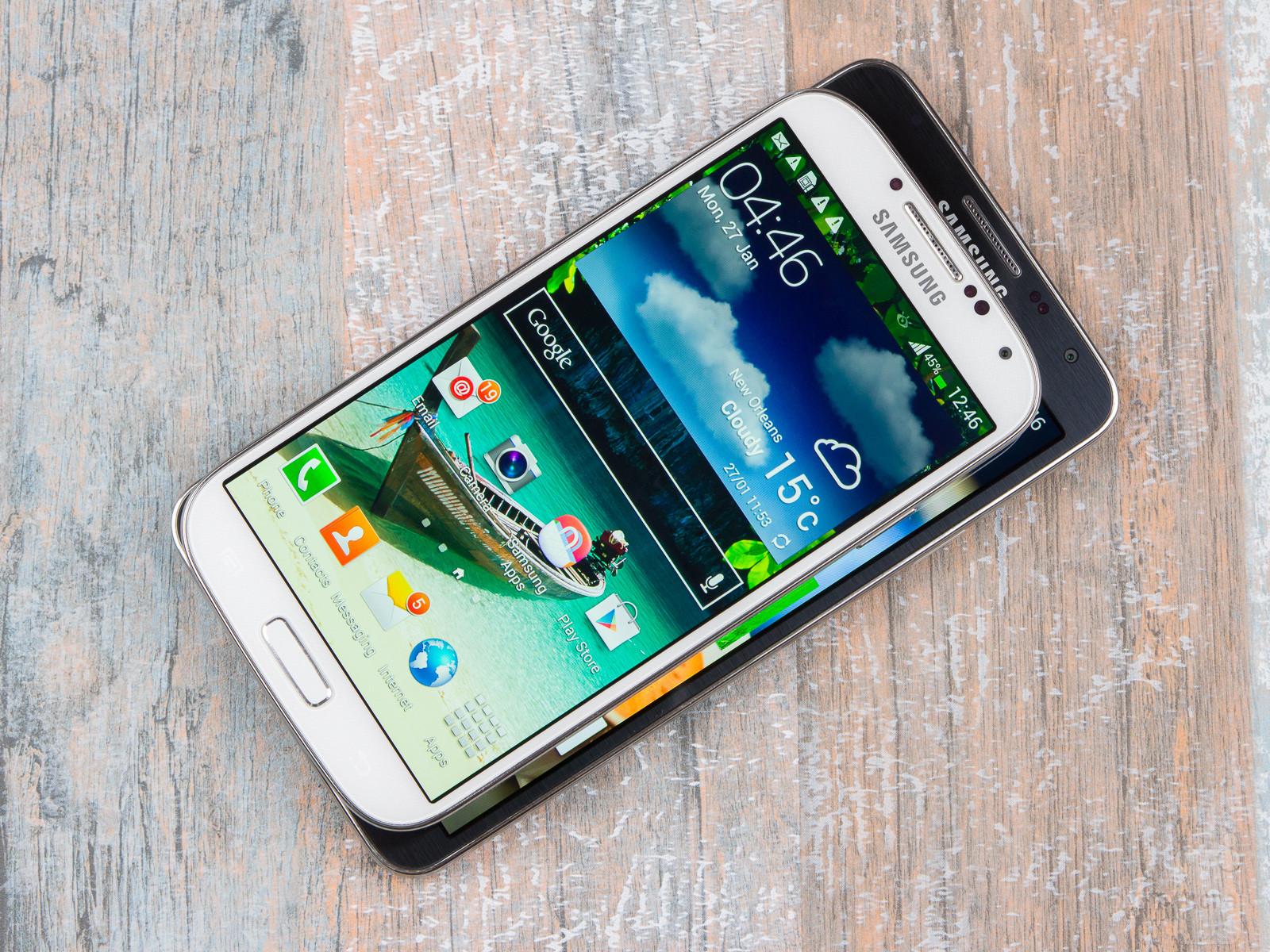 Samsung Galaxy Note 3 Neo Vs Galaxy S4 1600x1200 Download Hd Wallpaper Wallpapertip