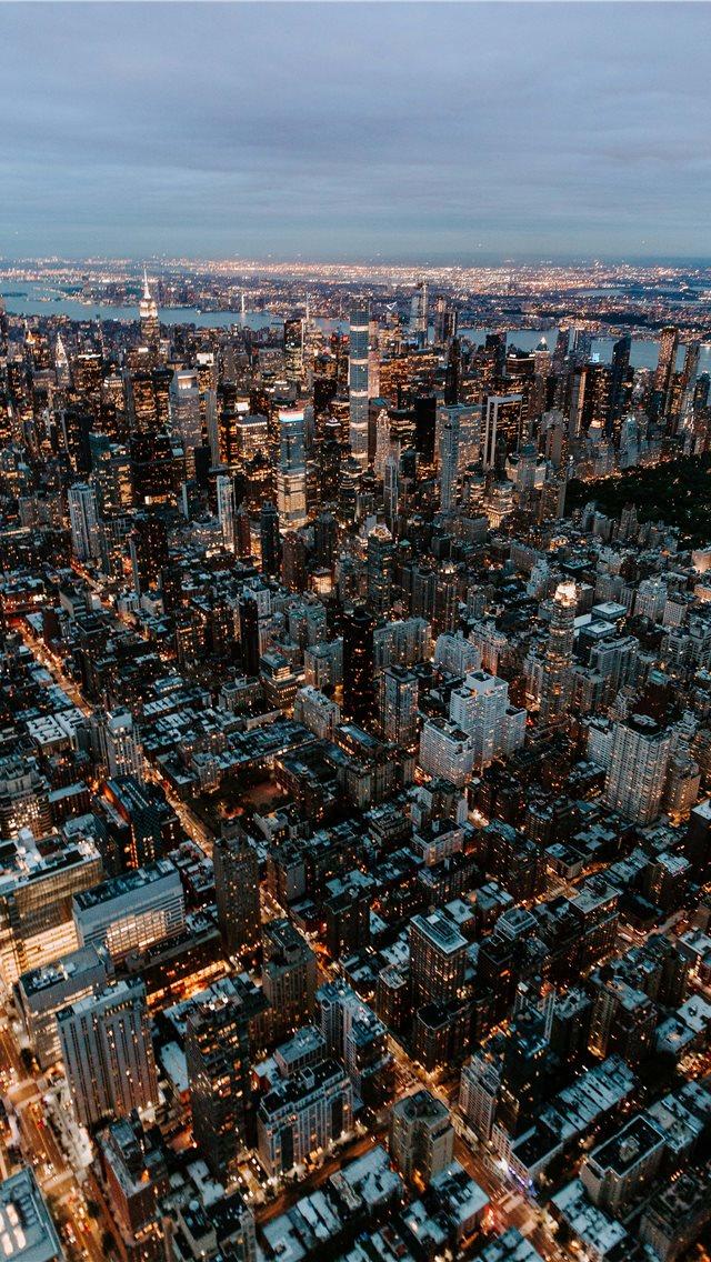 New York Iphone 11 Pro 640x1136 Download Hd Wallpaper Wallpapertip