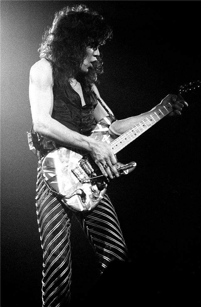 Eddie Van Halen 642x980 Download Hd Wallpaper Wallpapertip