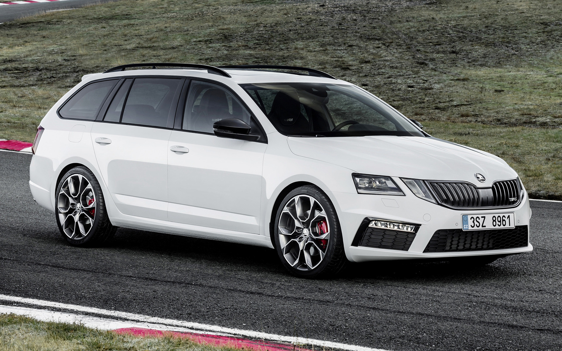 Skoda Octavia Rs 2020 1920x1200 Download Hd Wallpaper Wallpapertip