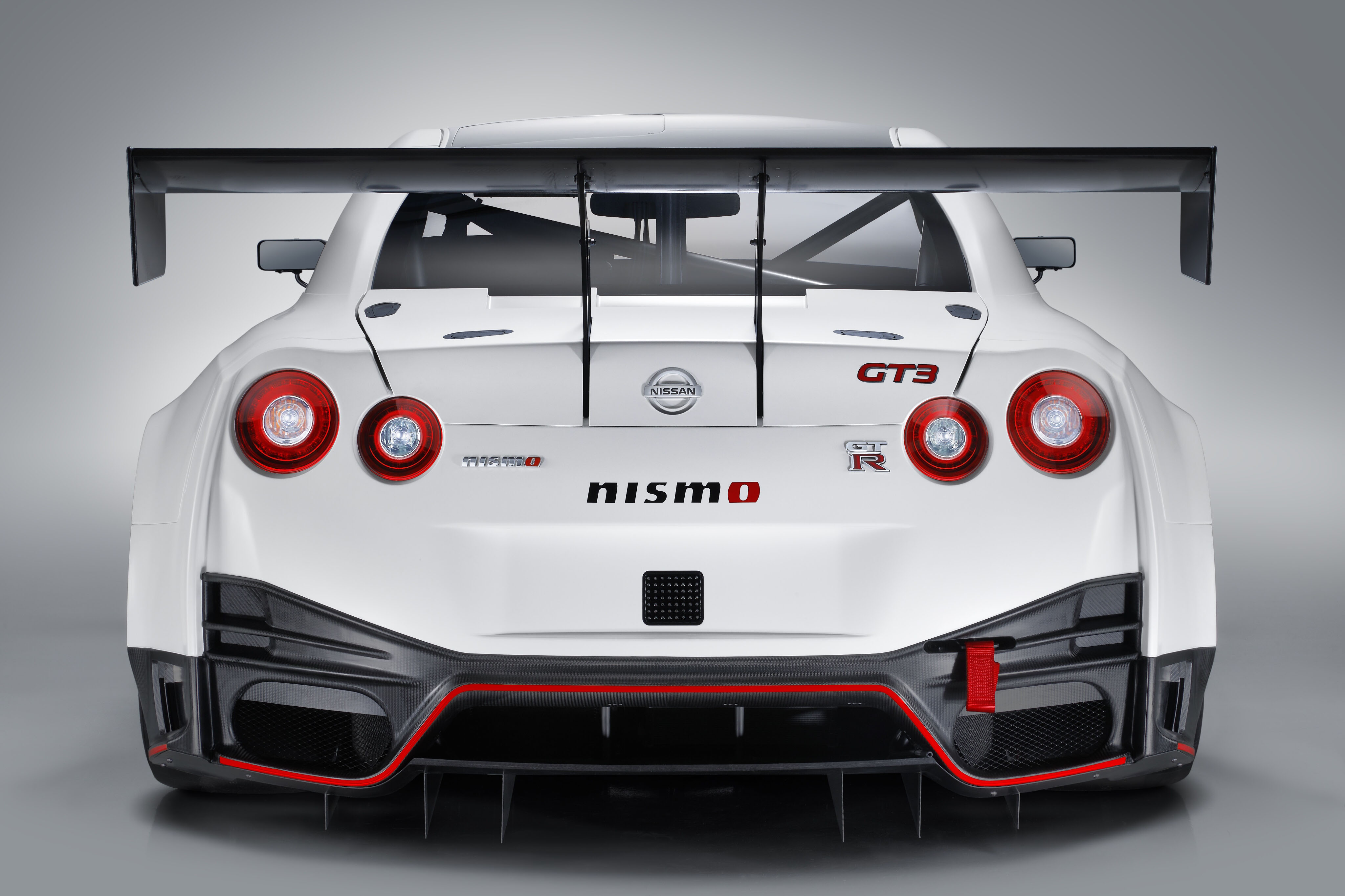 Nismo Nissan Gt R Gt3 2018 Rear 4k 4096x2730 Download Hd Wallpaper Wallpapertip