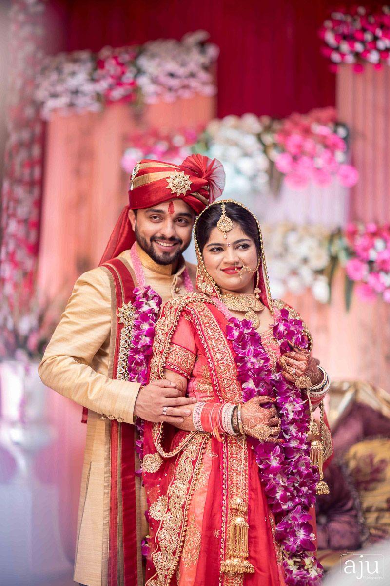 Indian Wedding Couple Wallpaper 800x1200 Download Hd Wallpaper Wallpapertip