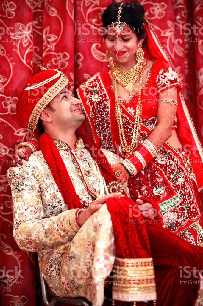 Indian Wedding Couple Portrait Stock Photo 682x1024 Download Hd Wallpaper Wallpapertip