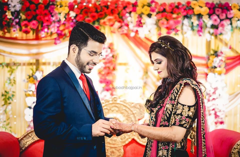 Indian Wedding Couple Wallpaper 960x630 Download Hd Wallpaper Wallpapertip