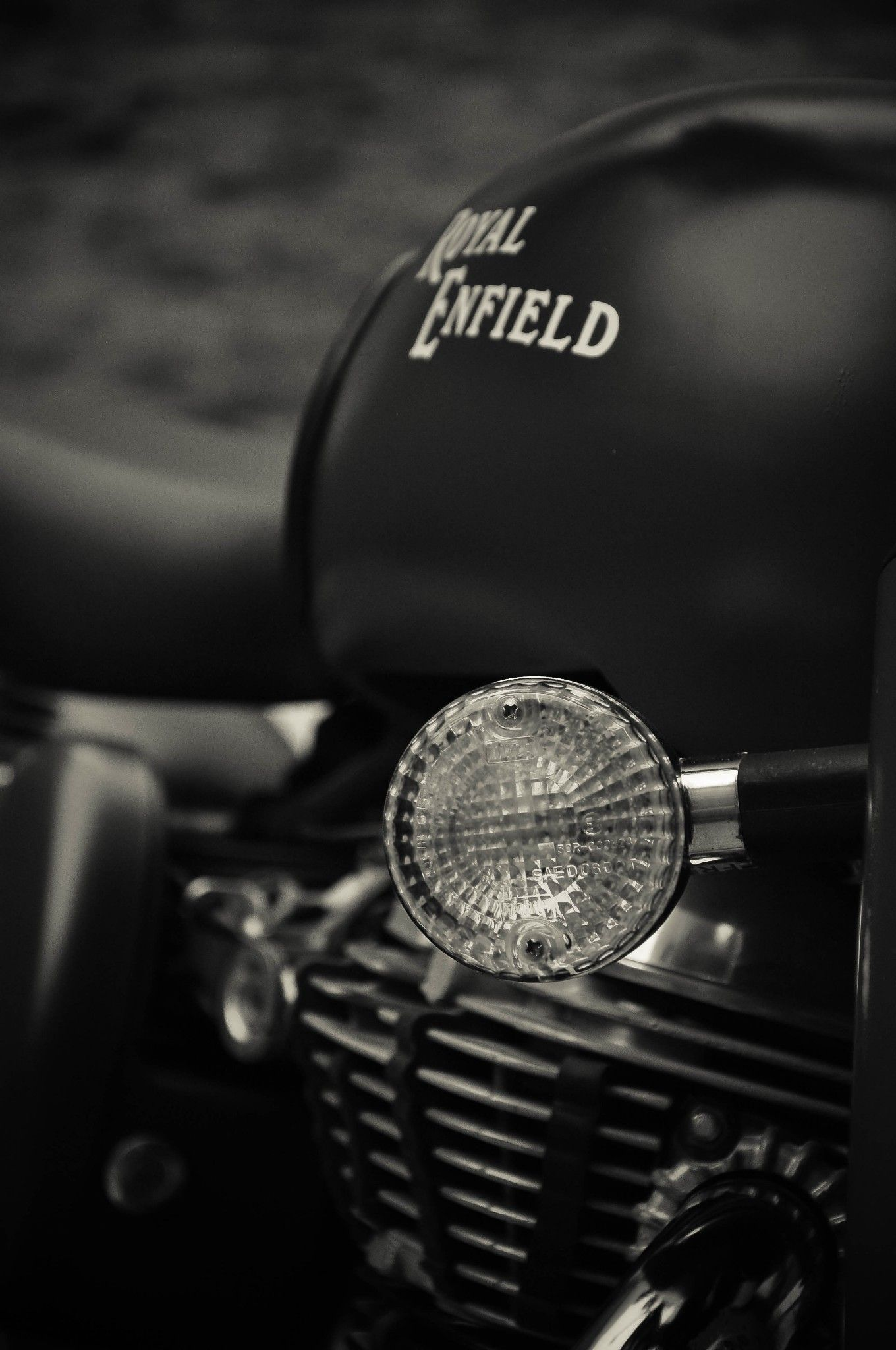 Royal Enfield Wallpapers For Iphone 1360x2048 Download Hd Wallpaper Wallpapertip