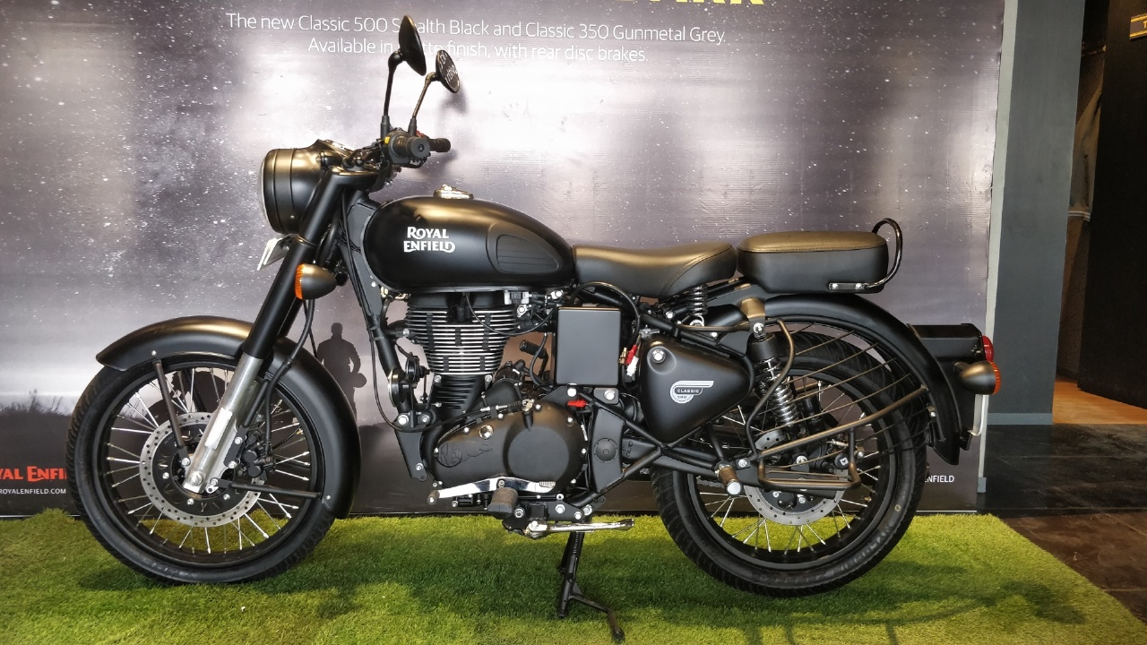 Royal Enfield Classic Stealth Black Photo Gallery 1280x720 Download Hd Wallpaper Wallpapertip