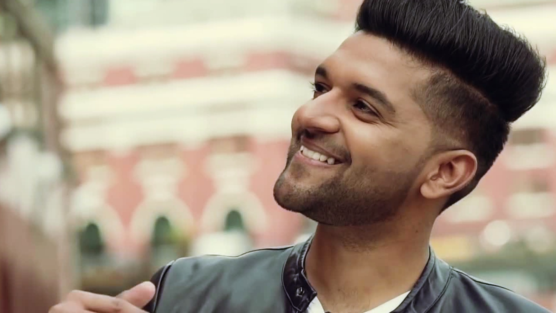 Guru Randhawa Hair Cutting 700x394 Download Hd Wallpaper Wallpapertip