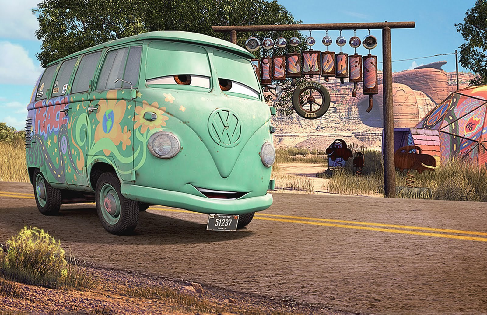 Kombi Type 2 Old Bus Volkswagen Cars Disney Pixar Wallpaper Cars Vw Bus 1600x1035 Download Hd Wallpaper Wallpapertip
