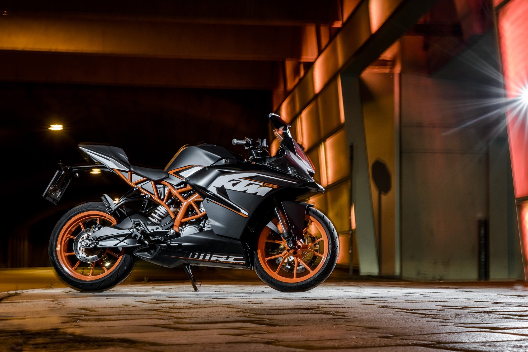 Ktm Rc Wallpaper 2000x1335 Download Hd Wallpaper Wallpapertip