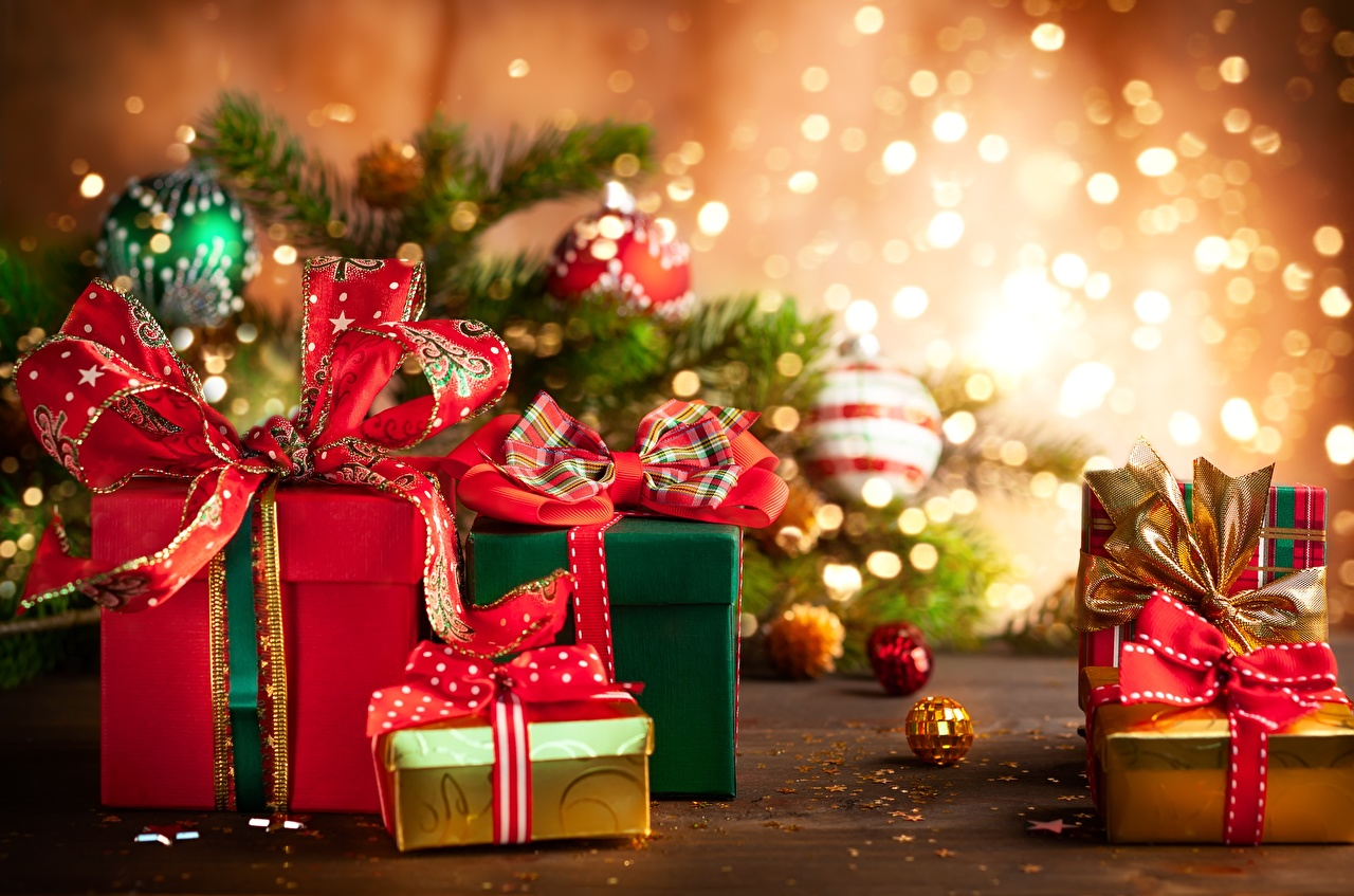 Christmas Present Wallpaper 1280x847 Download Hd Wallpaper Wallpapertip