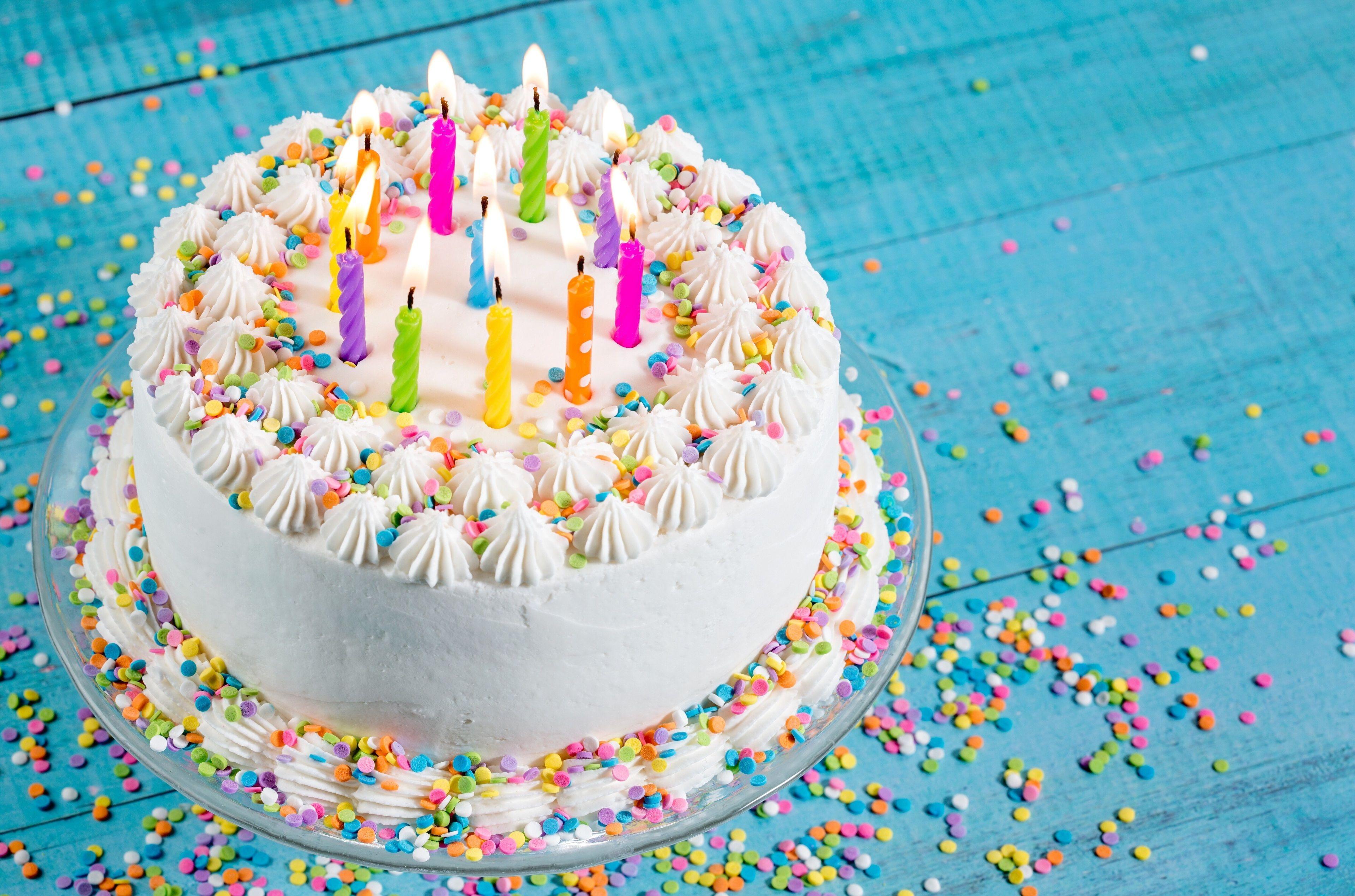 誕生日ケーキの背景 誕生日ケーキの壁紙無料ダウンロード 3840x2540 Wallpapertip