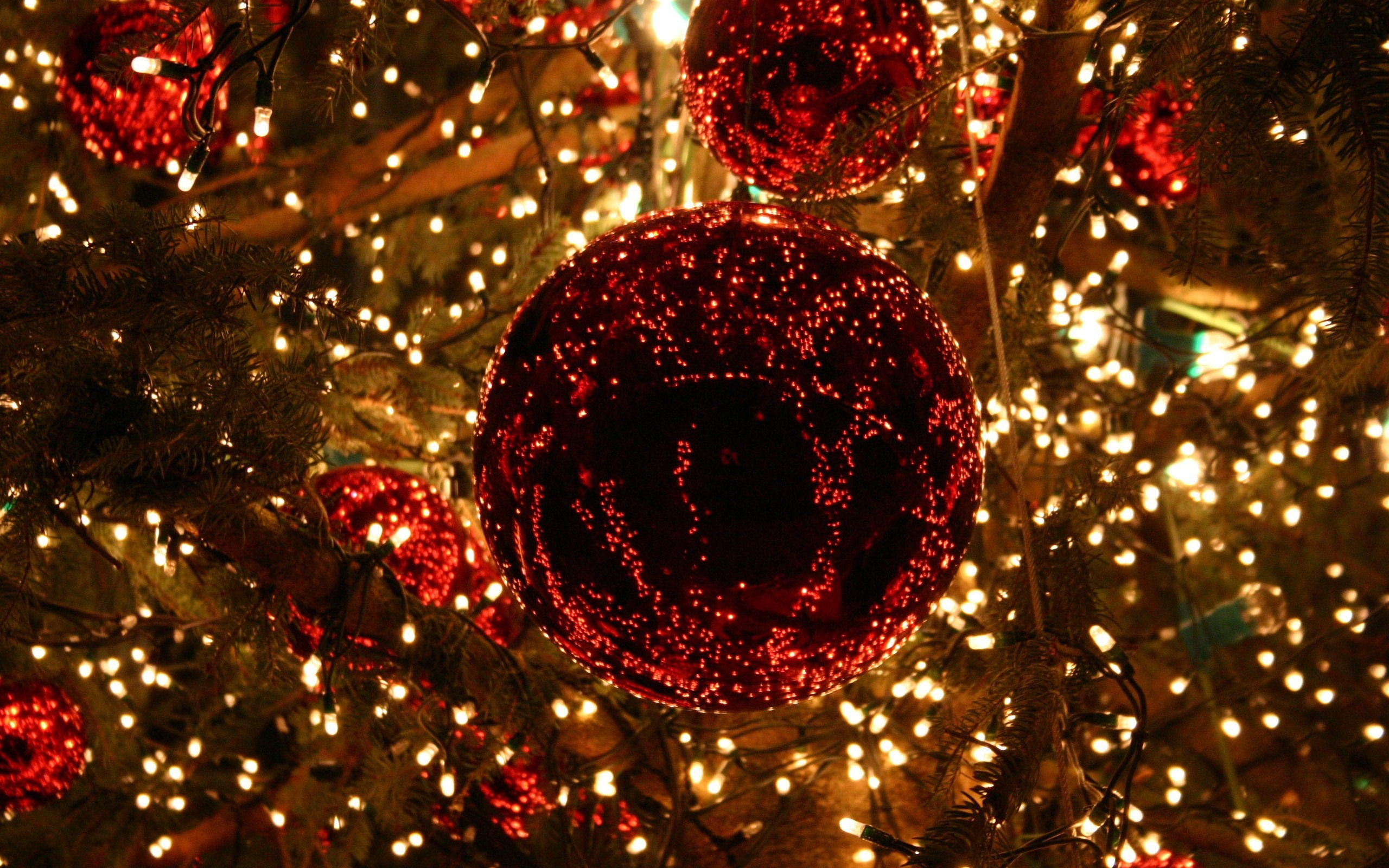 3 35916 christmas lights desktop background
