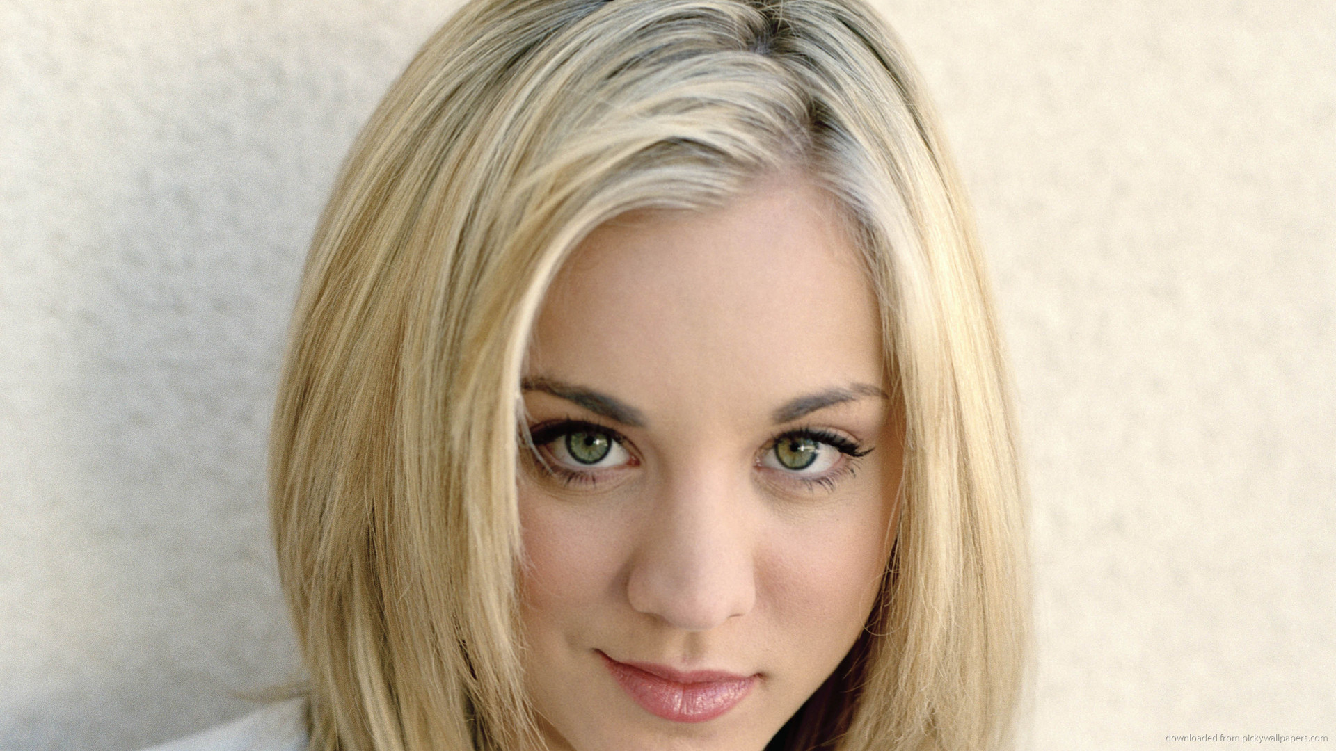 Blonde Kaley Cuoco Picture Data Src Womens Choppy Layered Hairstyles 1920x1080 Download Hd Wallpaper Wallpapertip