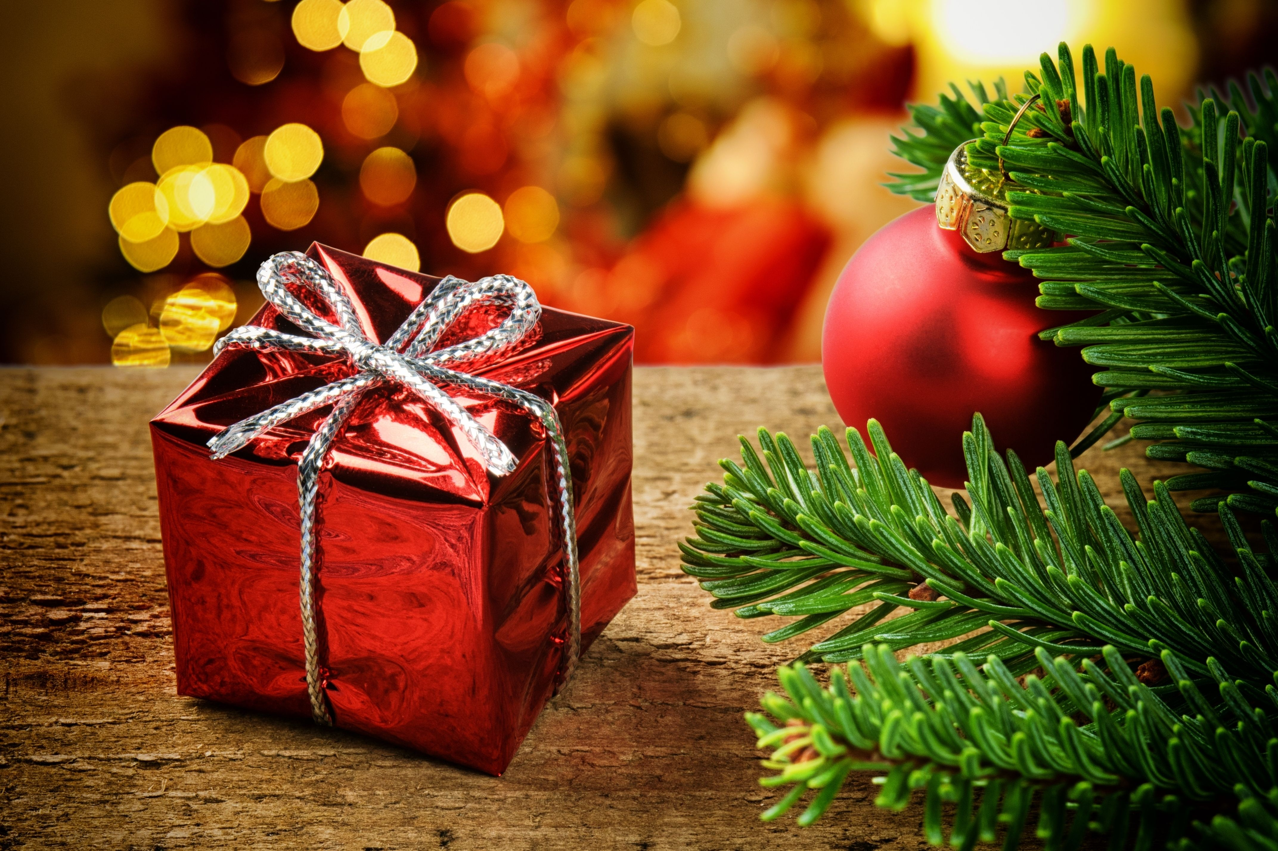Holidays Christmas Gifts Wallpaper Presents For New Year 4288x2857 Download Hd Wallpaper Wallpapertip