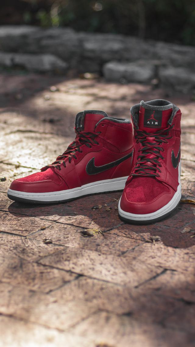 Air Jordan Iphone Wallpaper Sneakers 640x1136 Download Hd Wallpaper Wallpapertip