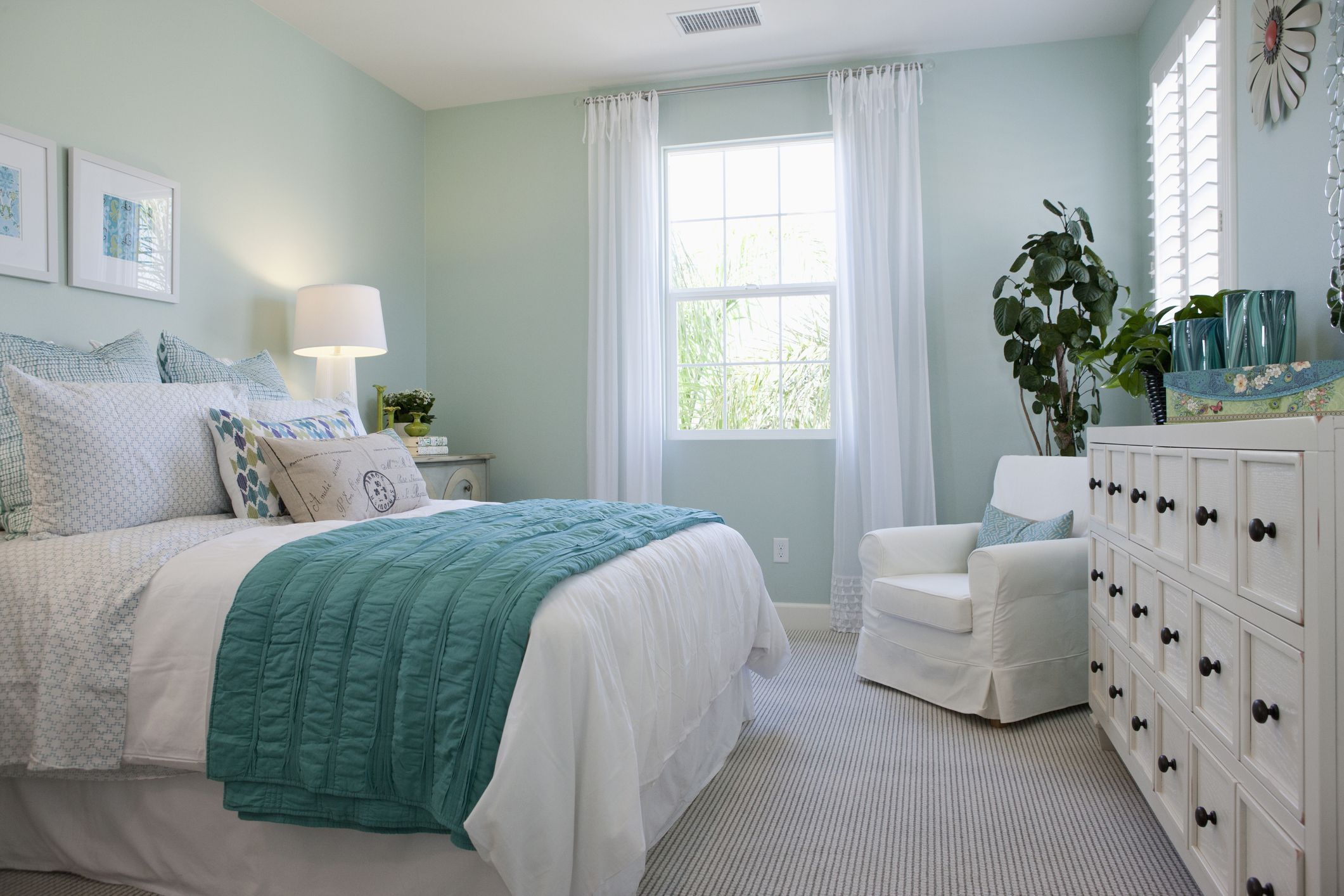 Bright Bedroom With Pale Green Walls And White Furniture Paint Colors For Your Room 2121x1414 Download Hd Wallpaper Wallpapertip