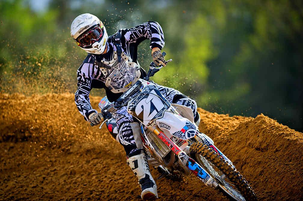 Shooting Motocross At A Dirt Image Gambar Motor Cross Hd 1008x671 Download Hd Wallpaper Wallpapertip