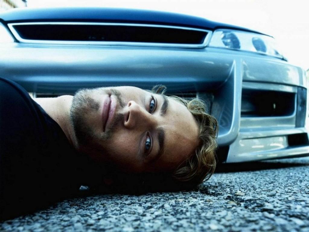 Paul Walker With Car 1024x768 Download Hd Wallpaper Wallpapertip