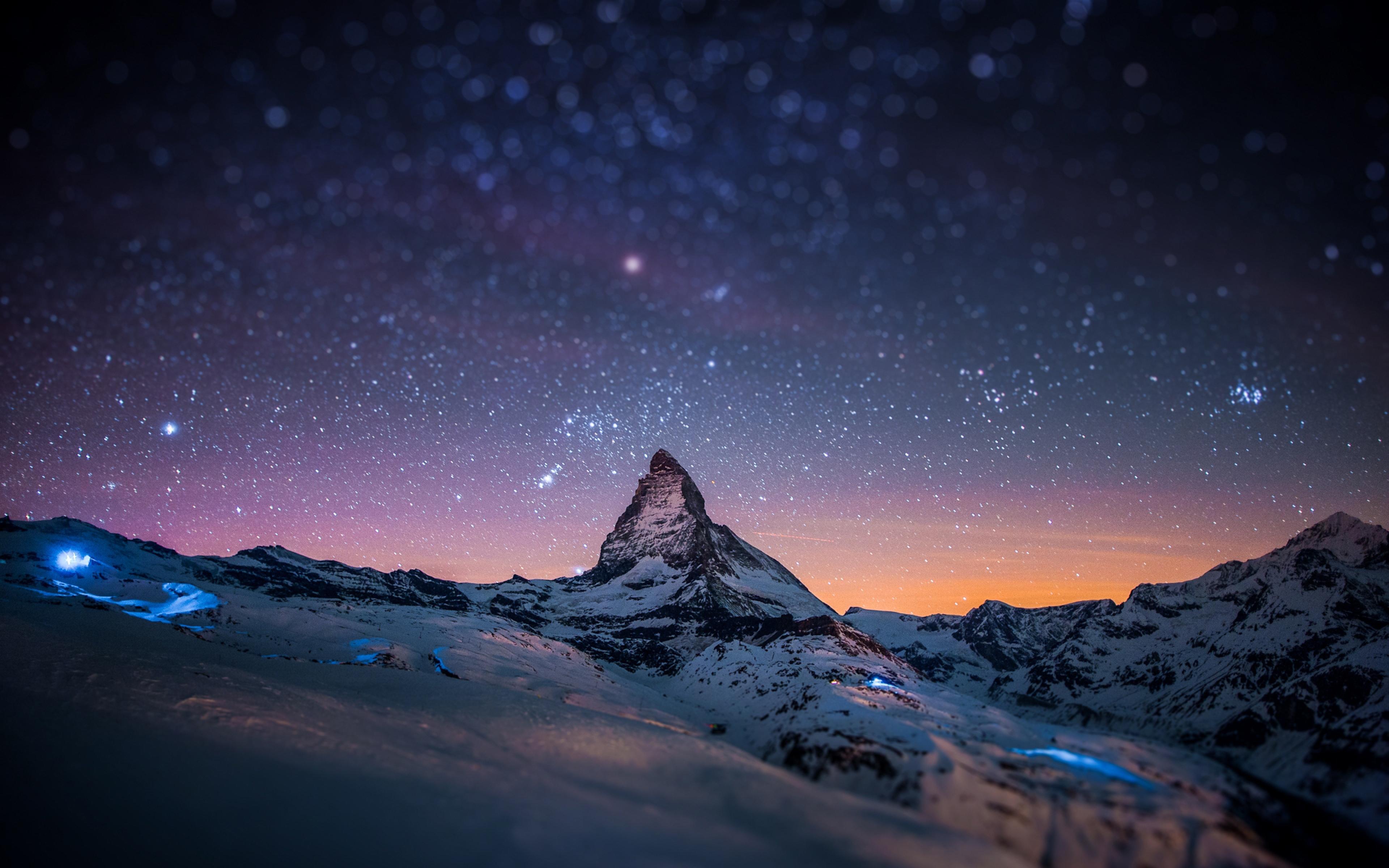Night Sky Blurred Stars Light Show Wallpaper Wallpapersbyte Laptop Backgrounds 3840x2400 Download Hd Wallpaper Wallpapertip