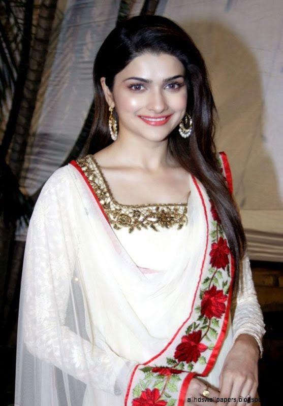 New Indian Wallpaper Hd Girl Beautiful 557x800 Download Hd Wallpaper Wallpapertip