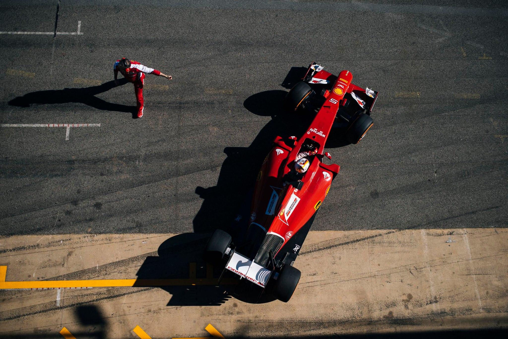 Sebastian Vettel Wallpapers Vettel Wallpaper Ferrari 2048x1367 Download Hd Wallpaper Wallpapertip