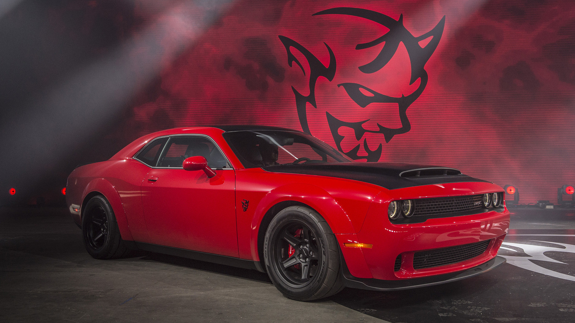 2018 Dodge Challenger Srt Demon Wallpaper Data Src Demon Dodge Challenger Srt Hellcat 1920x1080 Download Hd Wallpaper Wallpapertip