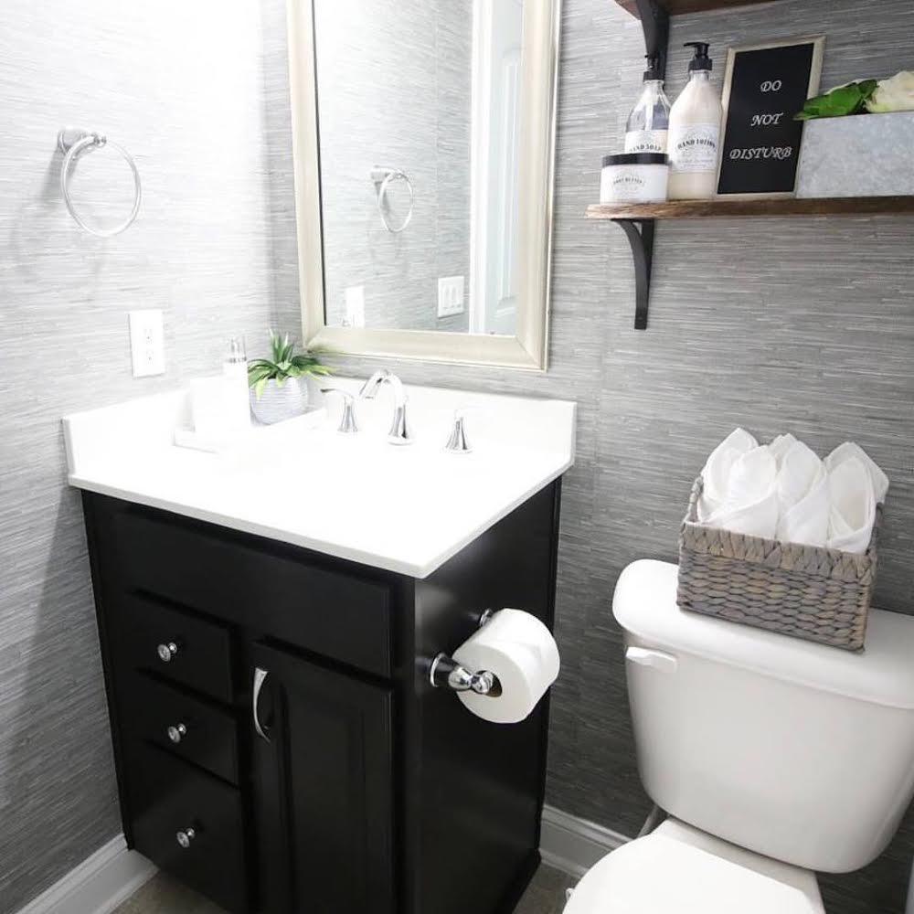 Grasscloth Peel And Stick Wallpaper In Bathroom 1000x1000 Download Hd Wallpaper Wallpapertip