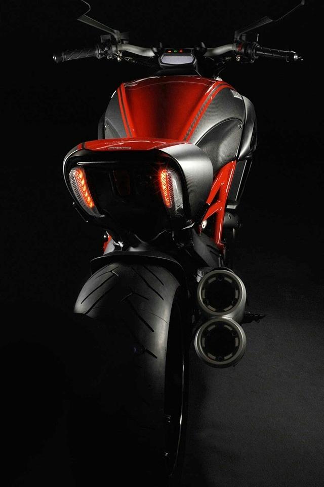 Fond D Ecran Ducati Diavel Iphone Fond D Ecran Ducati Iphone 640x960 Wallpapertip
