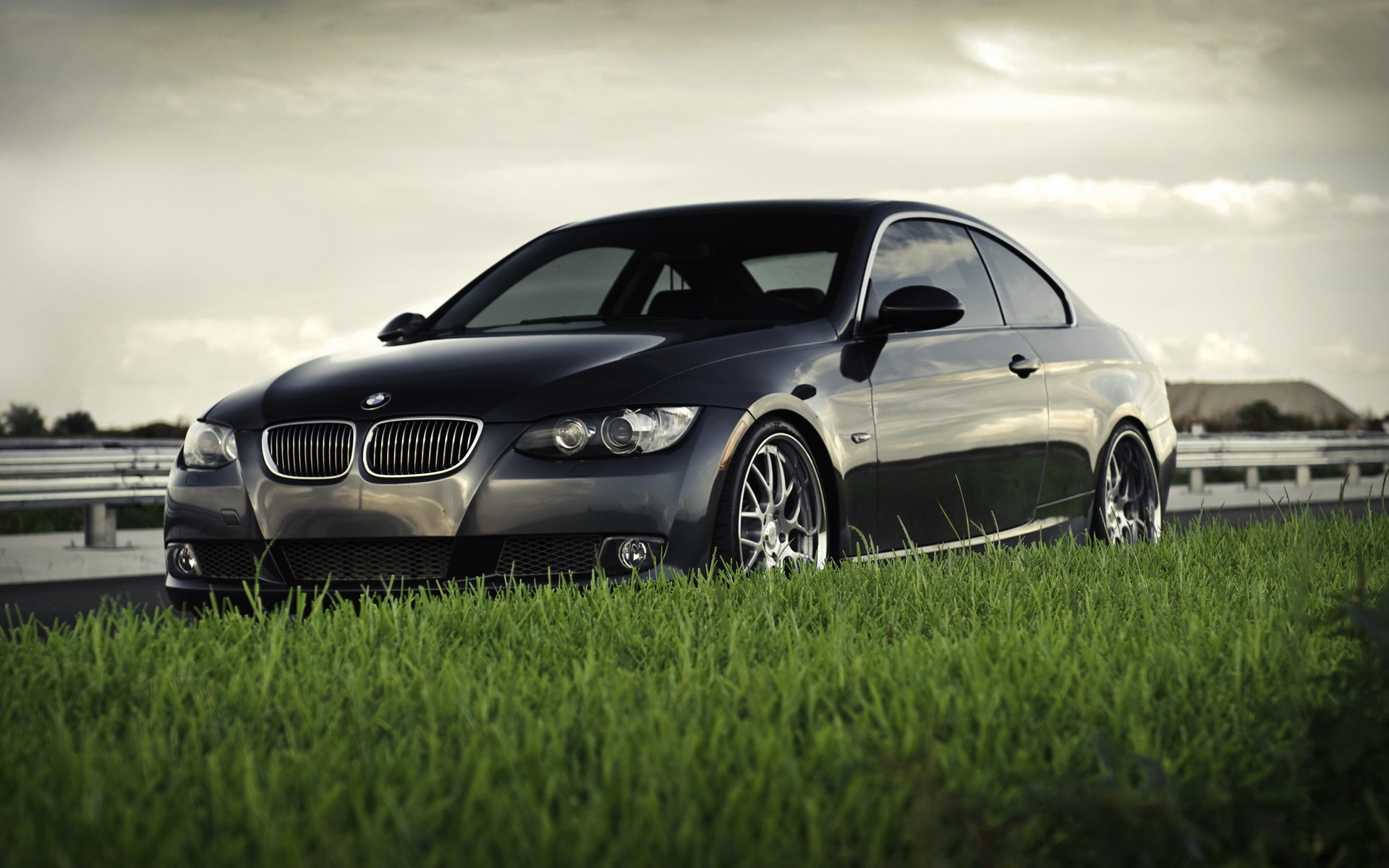 Bmw 335i Coupe Car Hd Wallpapers For Window 8 1920x1200 Download Hd Wallpaper Wallpapertip