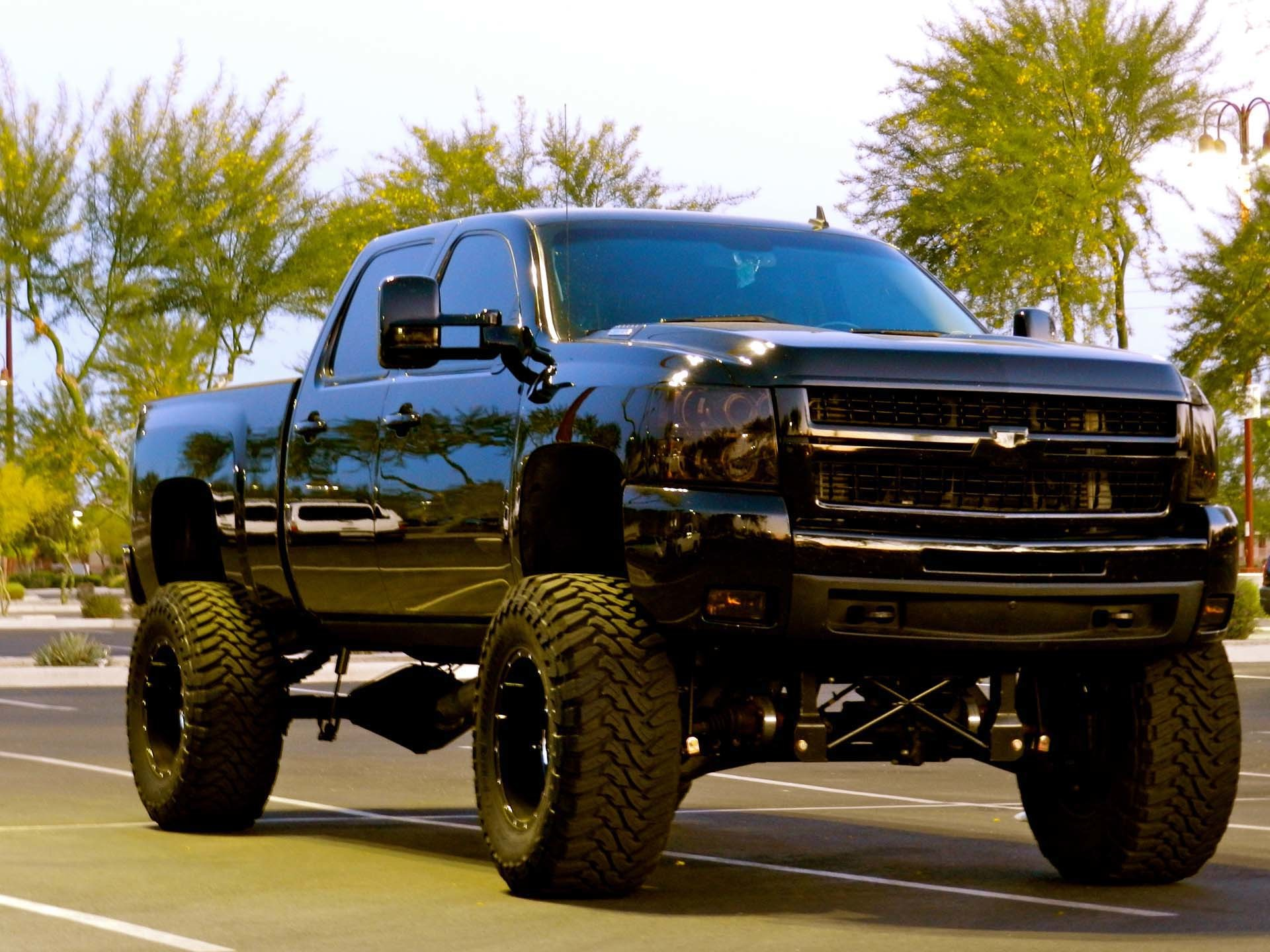 Awesome Truck Wallpapers Data Src Lifted Black Chevy Truck 1920x1440 Download Hd Wallpaper Wallpapertip
