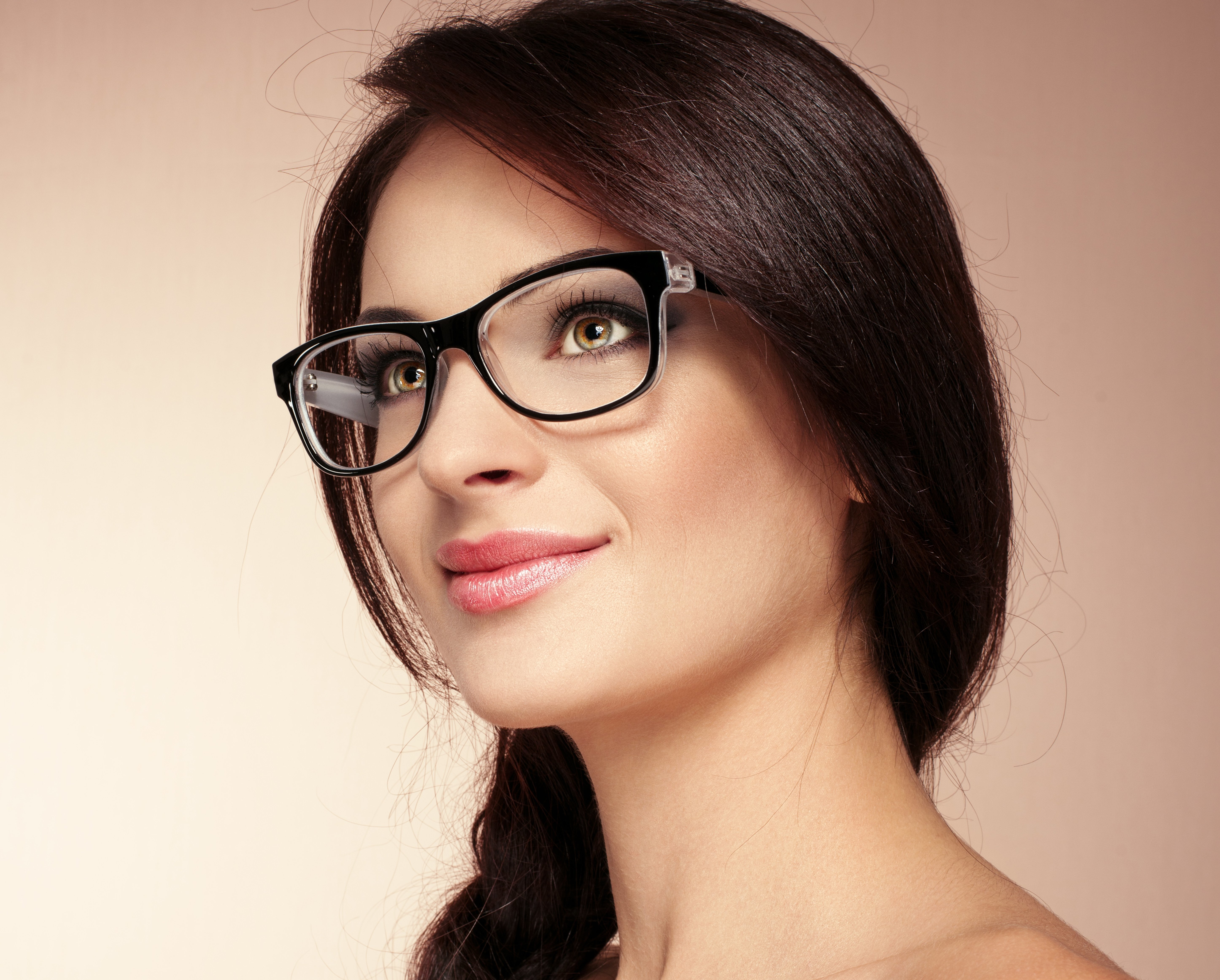 How to clean glasses properly, and what not to do