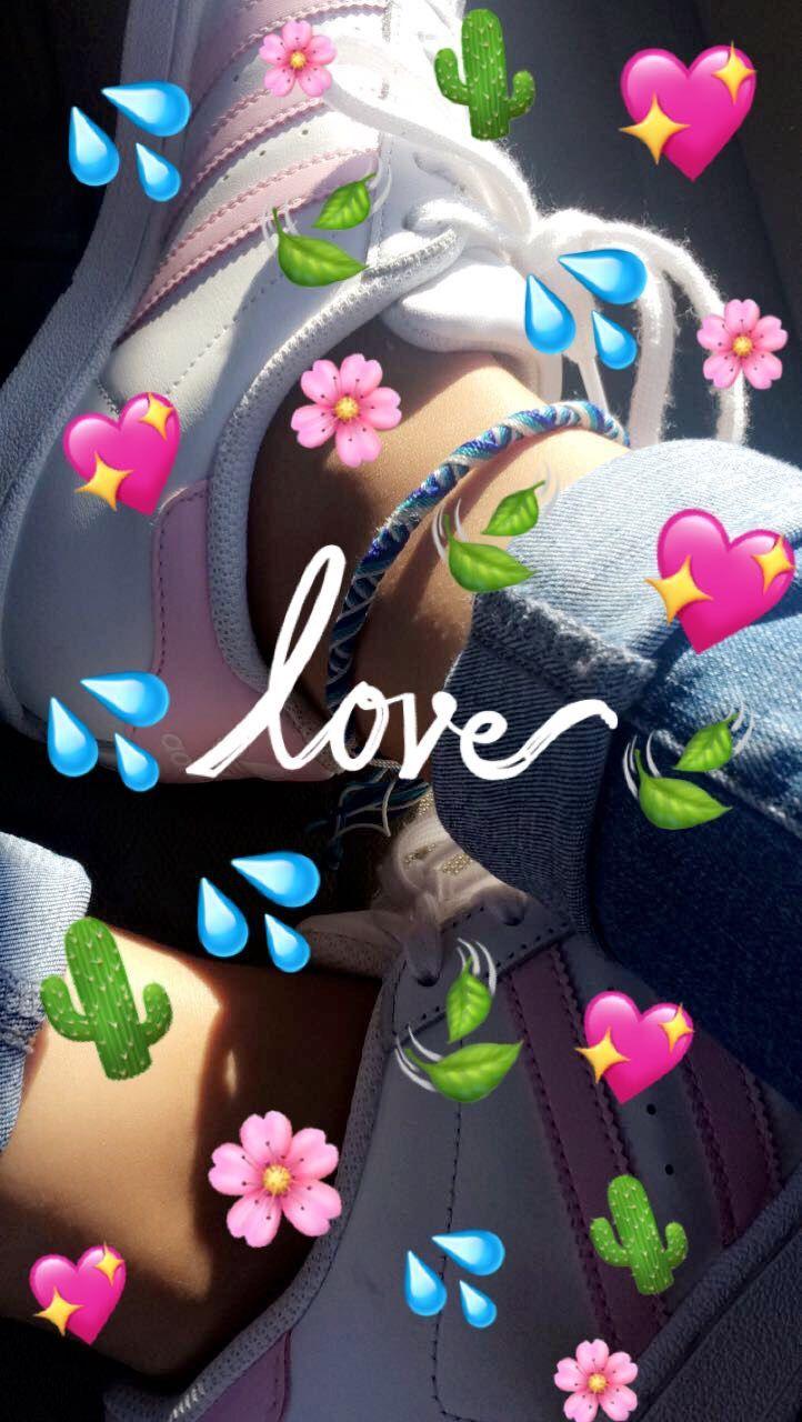 Love Aesthetic Wallpaper Iphone Emoji 722x1280 Download Hd Wallpaper Wallpapertip