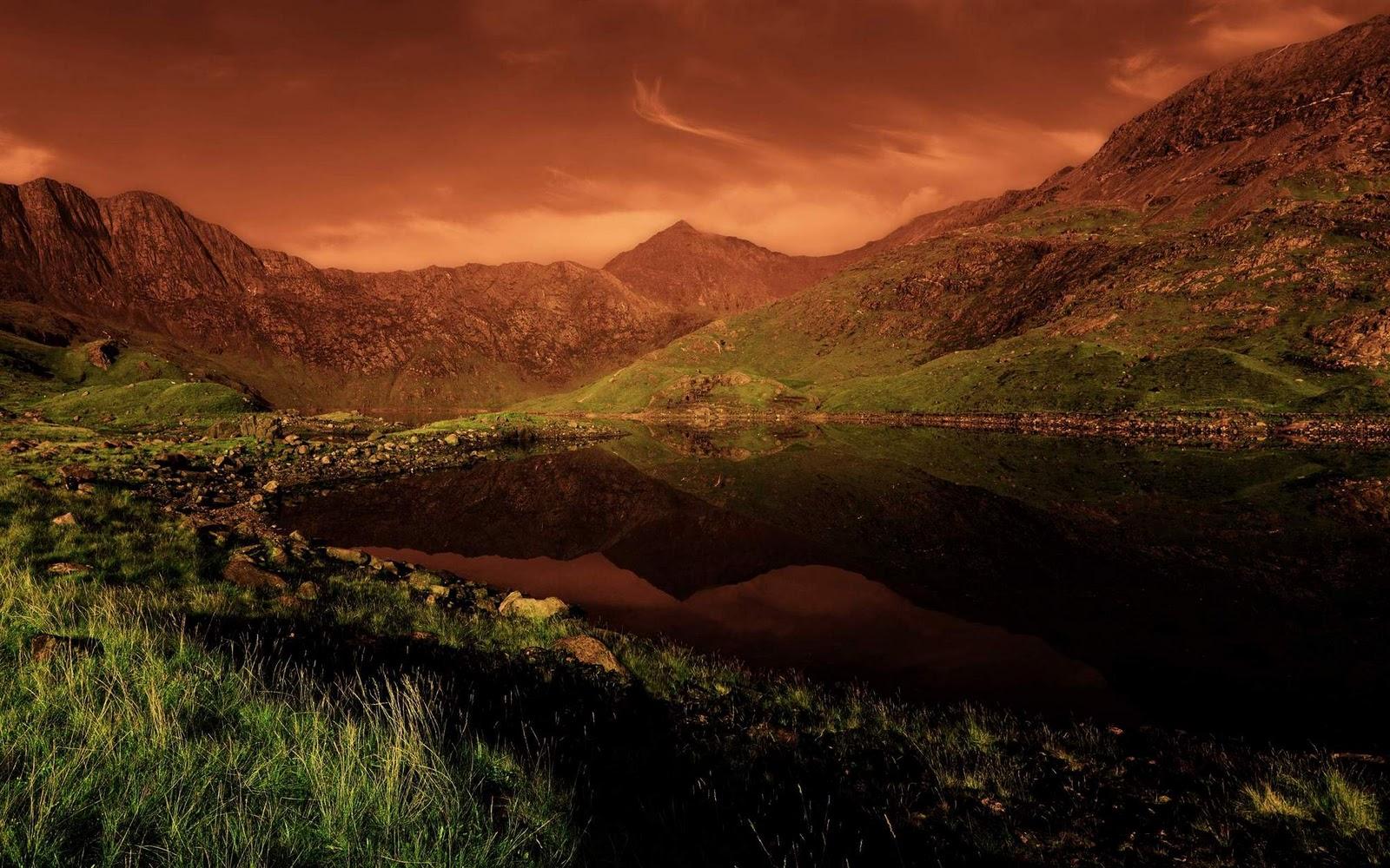 Top 10 Desktop Wallpapers Wallpaper Hd Base Snowdonia National Park 1600x1000 Download Hd Wallpaper Wallpapertip