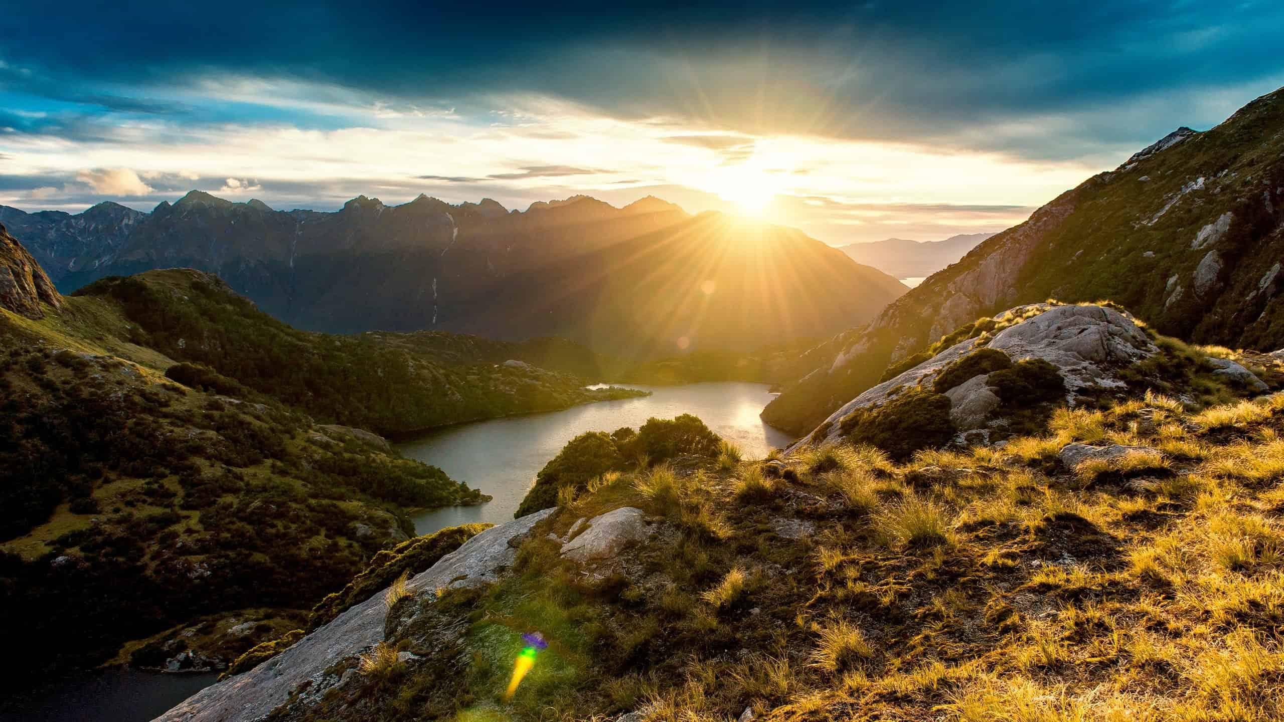 Fiordland Mountain Sunrise New Zealand Wqhd 1440p Wallpaper Best Images 4k 2560x1440 Download Hd Wallpaper Wallpapertip