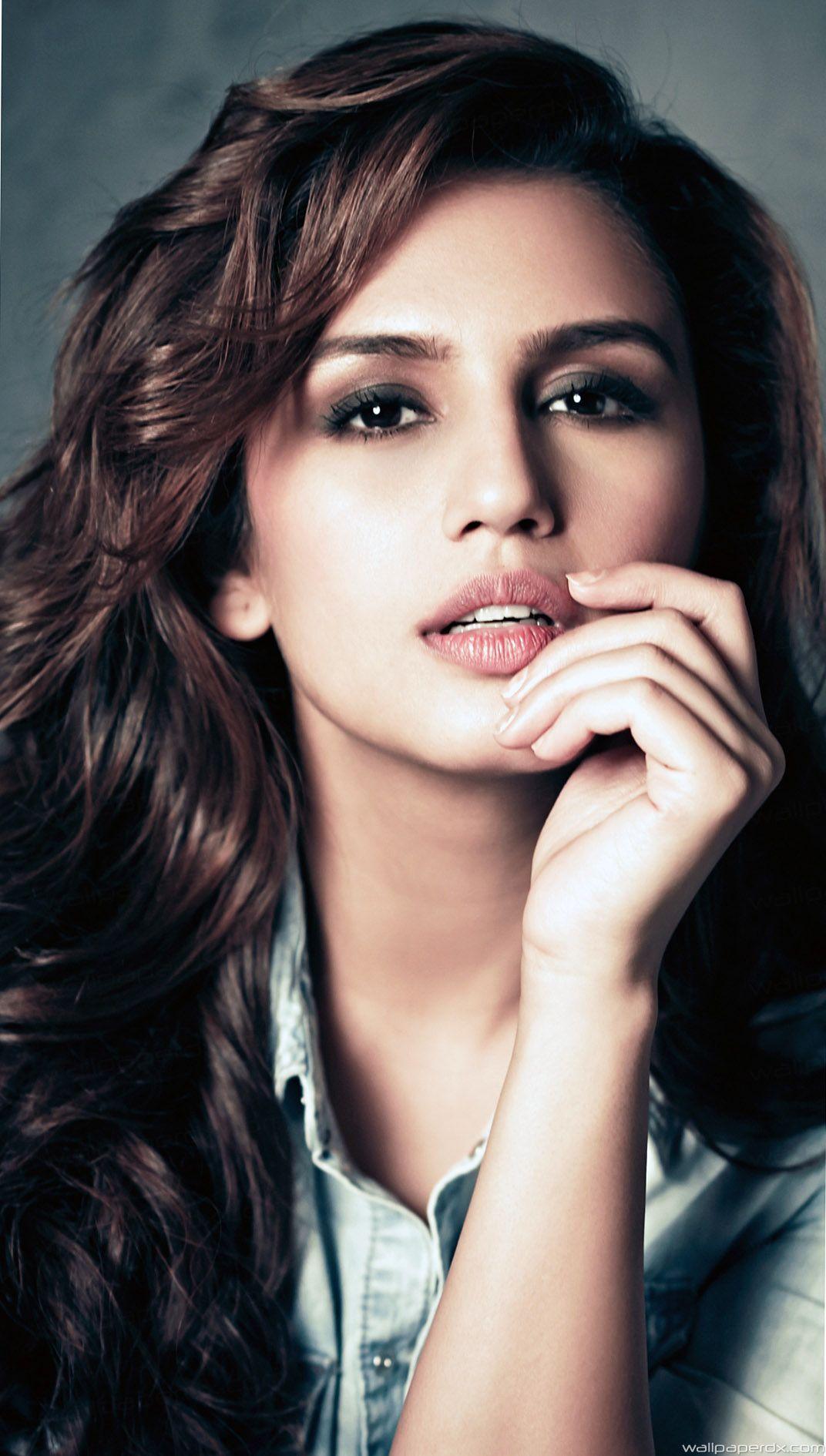 Bollywood Muslim Actress 1072x1890 Download Hd Wallpaper Wallpapertip