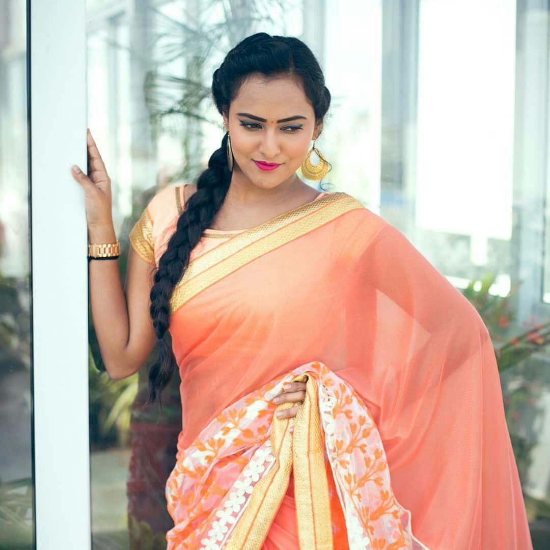 Bollywood Actress Hot Photos In Saree Actress Hot In Trancparent Saree 1080x1080 Download Hd Wallpaper Wallpapertip